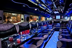 LINCOLN STRETCH LIMO RENTAL SERVICE San Diego airport brewery concert gaslamp