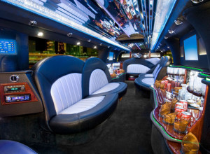 LINCOLN STRETCH LIMO RENTAL SERVICE San Diego limousine