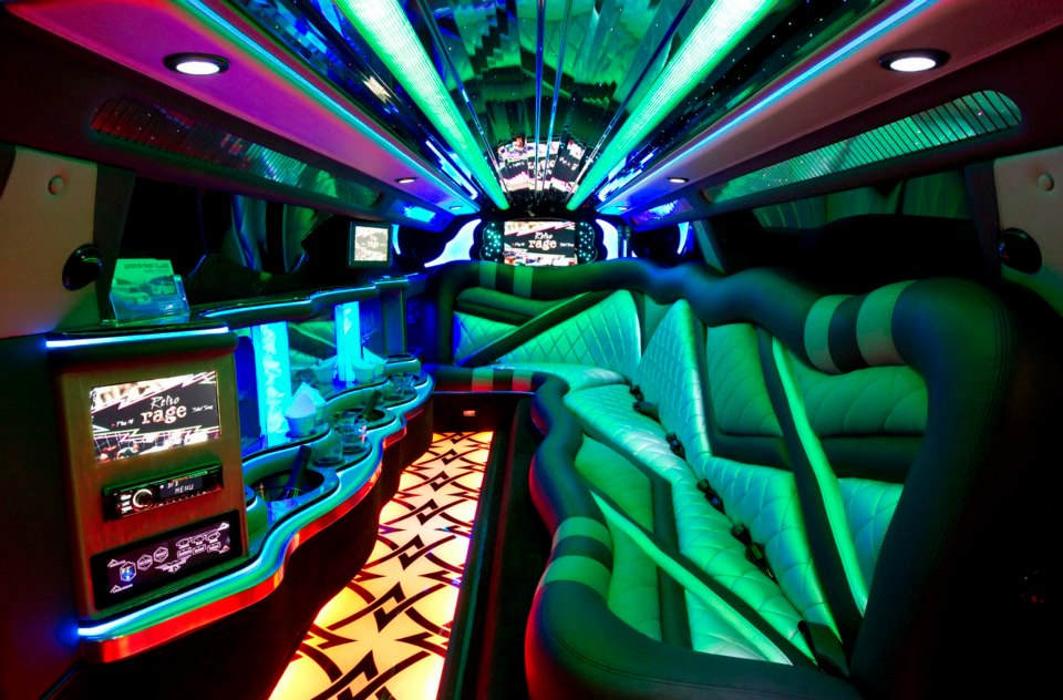 Bar Hopping Club Tour Discount Limousine Services Party Bus Rental Services Transportation