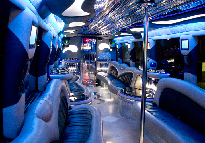 Party bus Tailgating Services